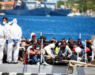 migranti-nave-2