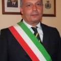 Il sindaco di Calatabiano, Giuseppe Intelisano